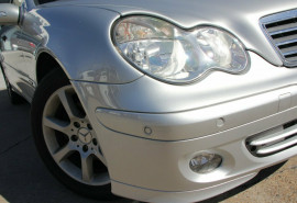 2005 Mercedes-Benz C200 Kompressor W203 MY2005 Classic Sedan