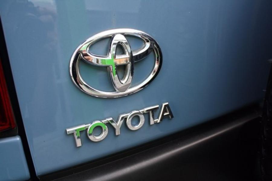 2014 MY Toyota Fj Cruiser GSJ15R  Wagon