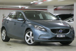 Volvo V40 T4 Adap Geartronic Luxury M Series MY14
