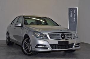 Mercedes-Benz C300 BLUEEFFICIENCY AVANTGARDE W204 MY12