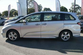 2017 Honda Odyssey 5th Gen VTi Wagon