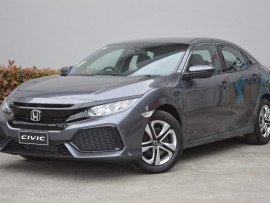 Honda Civic Hatch VTi 10th Gen
