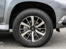 Mitsubishi Pajero Sport GLS QE