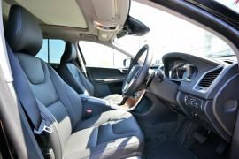 2016 MY17 Volvo XC60 DZ D4 Luxury Wagon