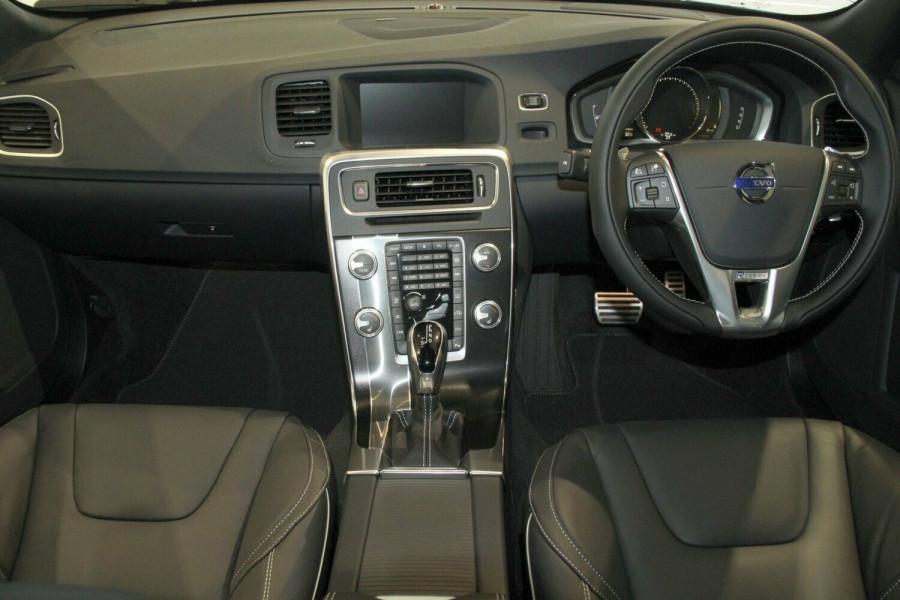 2017 Volvo S60 F Series T6 R-Design Sedan