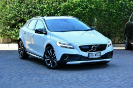 Volvo V40 Cross Country D4 Inscription M Series