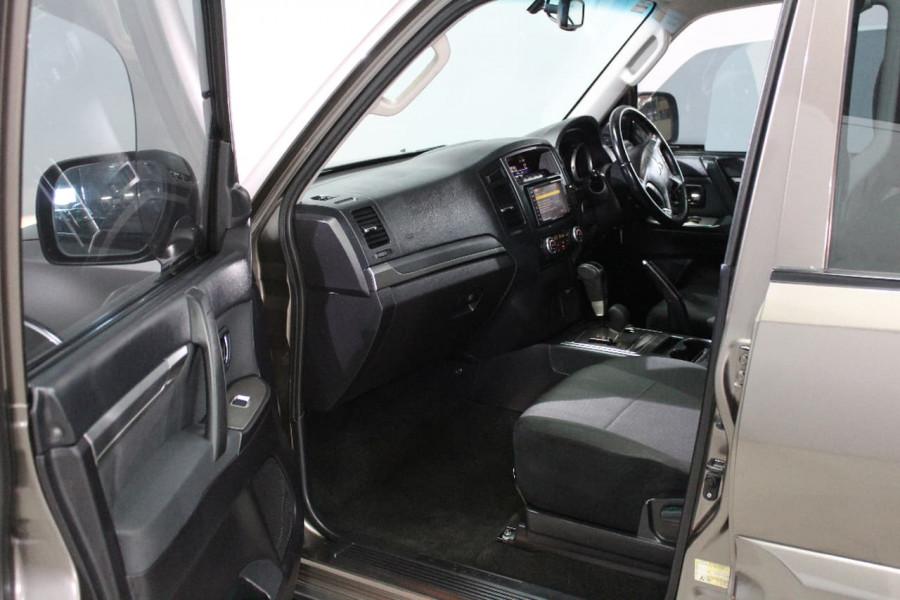 2010 Mitsubishi Pajero NT MY10 Wagon