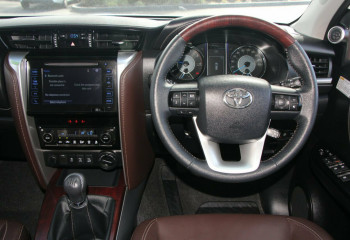 2016 Toyota Fortuner GUN156R Crusade i-MT Wagon