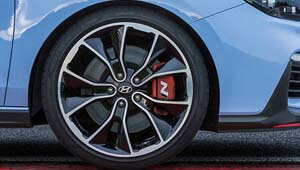 i30 N 19-inch alloy wheels Pirelli P-Zero tyres.