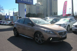 Volvo V40 Cross Country D4 - Luxury