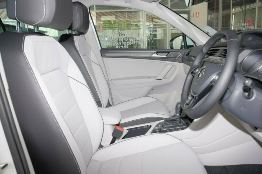 2016 MY17 Volkswagen Tiguan 5N Highline Wagon