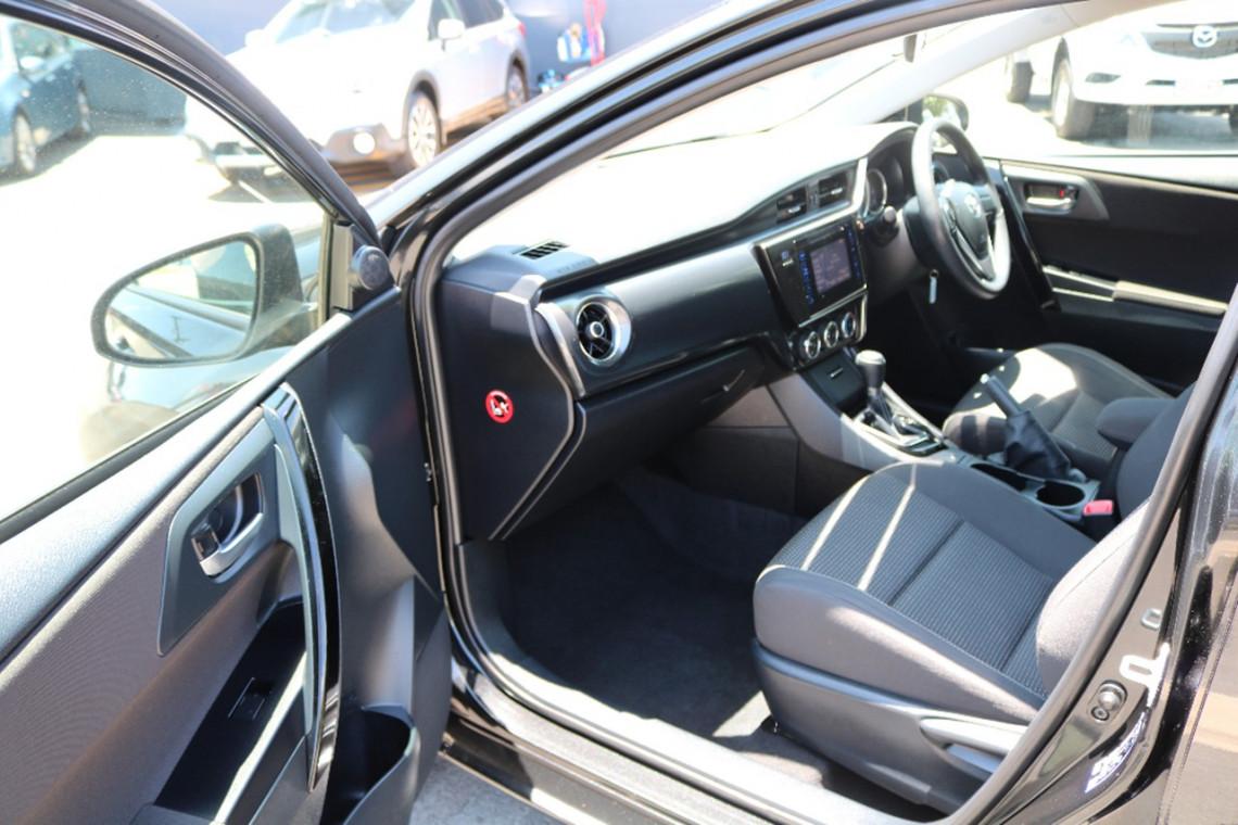 2015 Toyota Corolla ZRE182R ASCENT Hatchback