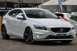 Volvo V40 T5 R-Design M Series