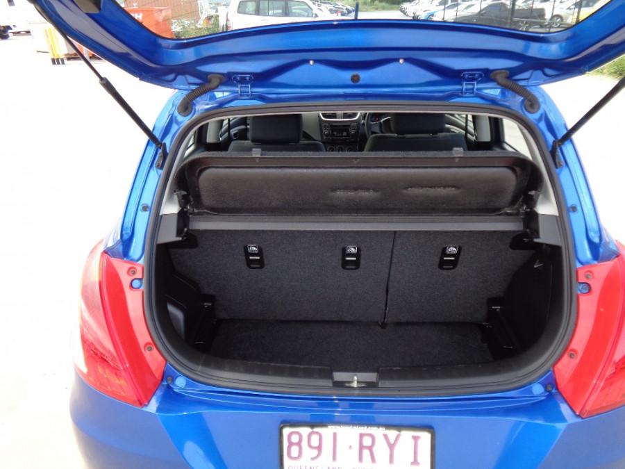 2011 Suzuki Swift FZ GA Hatchback