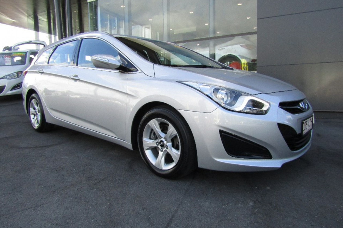 2012 hyundai i40 vf active wagon for sale in cairns trinity hyundai. Black Bedroom Furniture Sets. Home Design Ideas