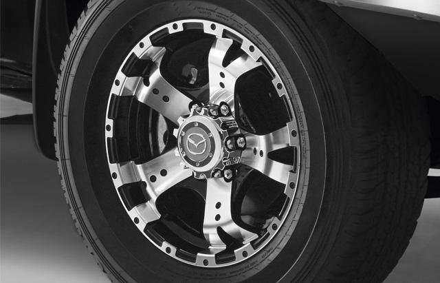 """<img src=""""16"""" 5-Spoke Alloy wheel"""