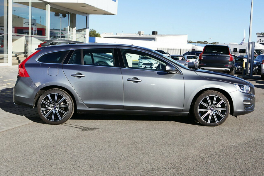 2017 Volvo V60 F Series D4 Luxury Wagon