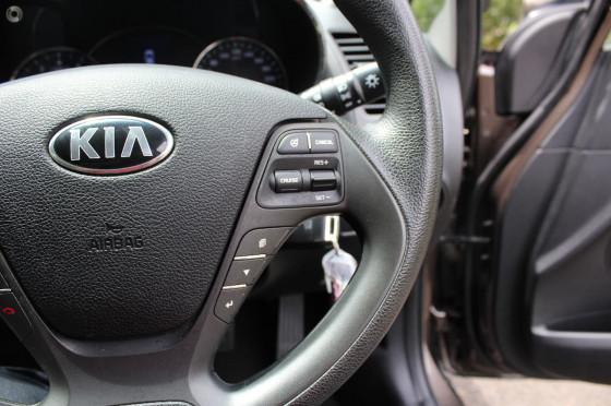 2014 MY15 Kia Cerato YD  Si Sedan