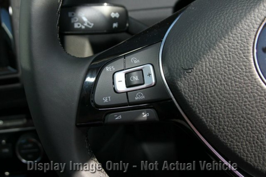 2016 MY Volkswagen Golf VII 110TSI Highline Hatchback