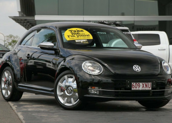 Volkswagen Beetle Fender Edition Coupe DSG 1L MY13