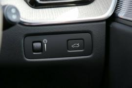 2017 MY18 Volvo XC60 UZ T5 Inscription Suv