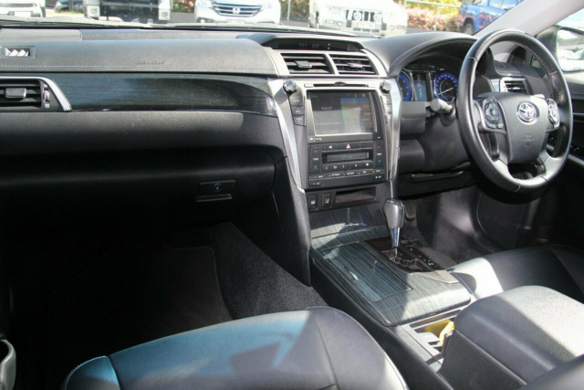 2015 Toyota Aurion GSV50R Presara Sedan