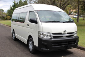 Toyota Hiace Comm TRH223R