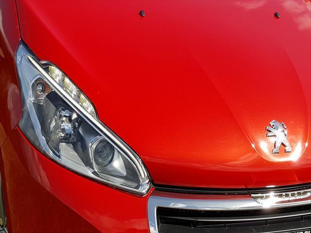 Peugeot 208 5 door Active A9