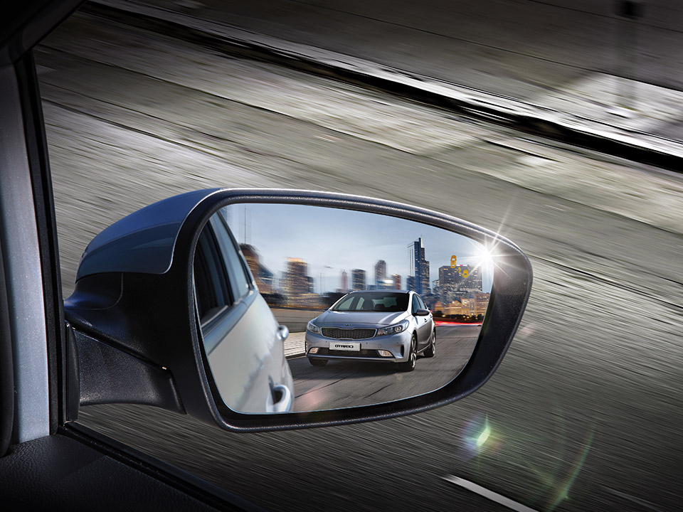 Cerato Sedan BSD (Blind Spot Detection)