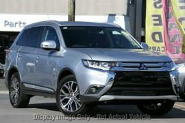 Mitsubishi Outlander Exceed 4WD ZK