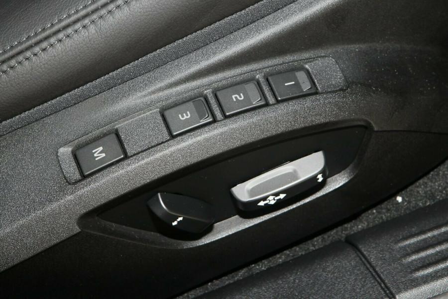 2017 Volvo V40 M Series T4 Inscription Hatchback