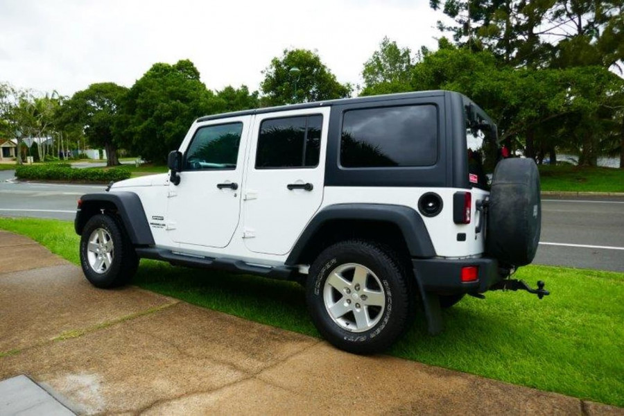 2012 MY13 Jeep Wrangler JK Unlimited Softtop