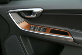 2016 MY17 Volvo XC60 DZ T5 Luxury Suv