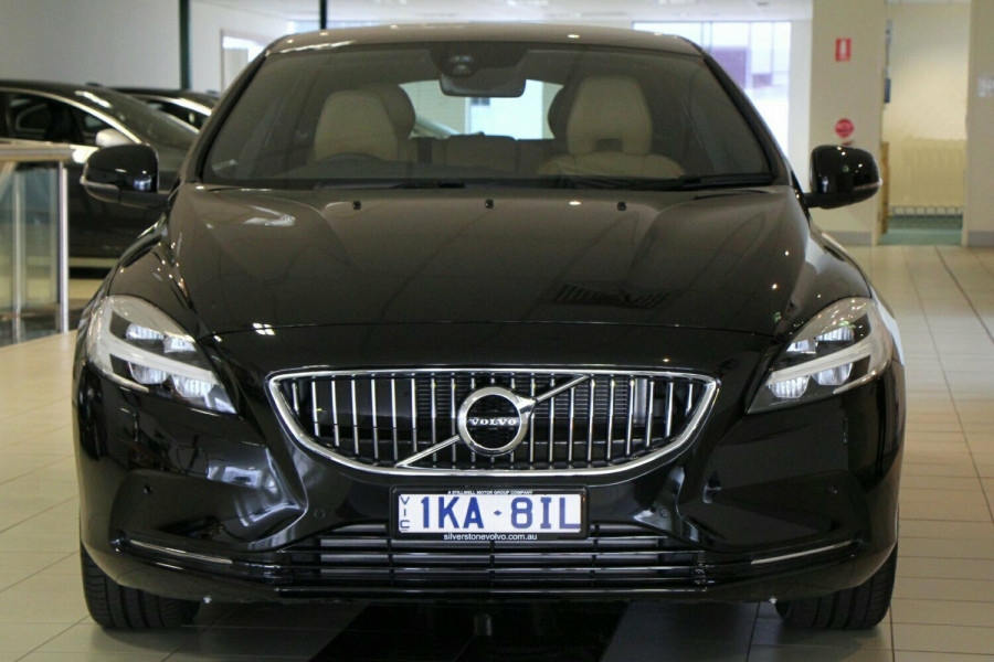 2017 Volvo V40 M Series MY17 D4 Adap Geartronic Inscription Hatchback