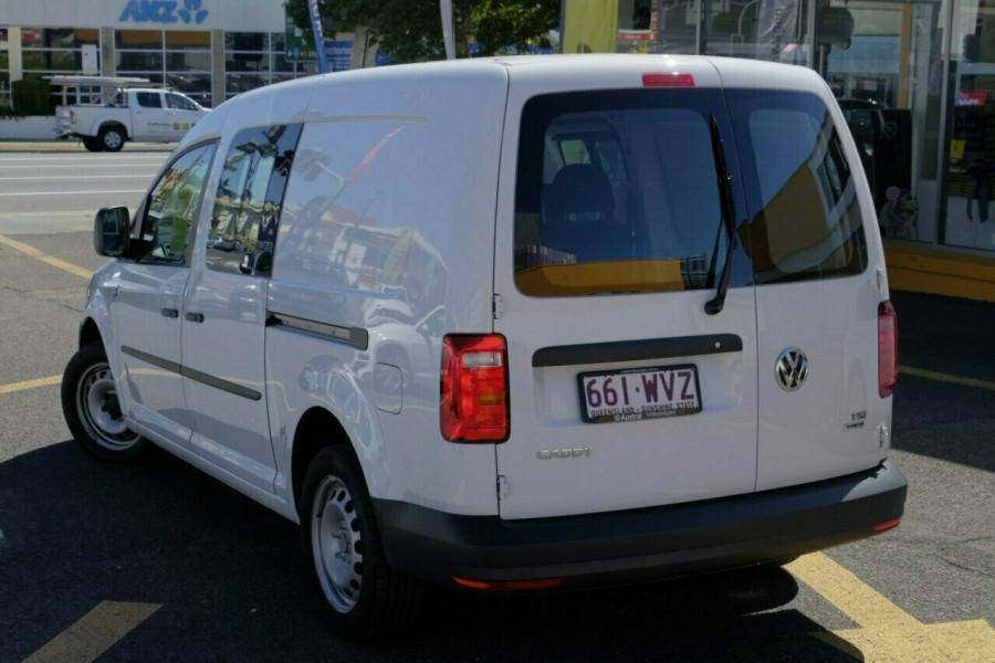 2015 MY16 Volkswagen Caddy Van 2KN Maxi Crewvan Van