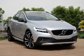 Volvo V40 Cross Country T5 Inscription M Series