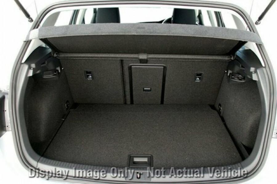 2016 MY17 Volkswagen Golf VII 110TSI Highline Hatchback