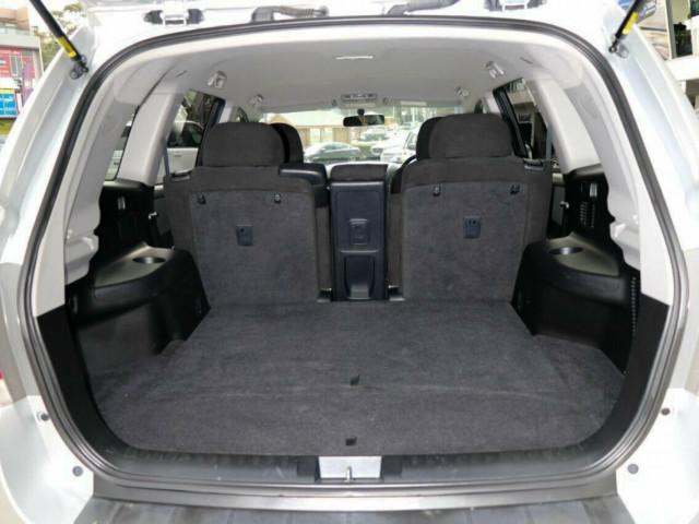 2013 MY Toyota Kluger GSU40R KX-R 2WD Wagon