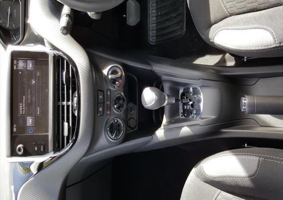 2015 Peugeot 208 A9  Active Hatchback