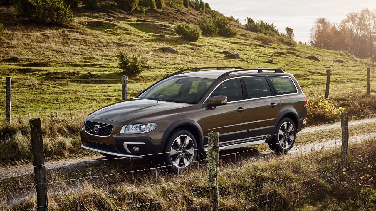 new volvo xc70 for sale silverstone volvo. Black Bedroom Furniture Sets. Home Design Ideas