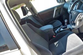 2019 Toyota Landcruiser Prado GDJ150R GXL Suv image 5