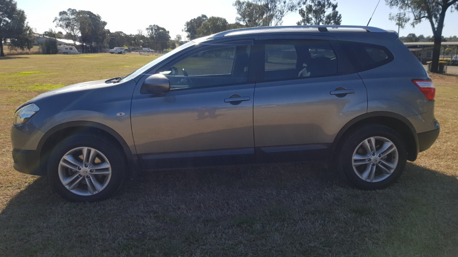 2013 MY12 Nissan DUALIS J107 Series 3 +2 ST Hatch Image 4