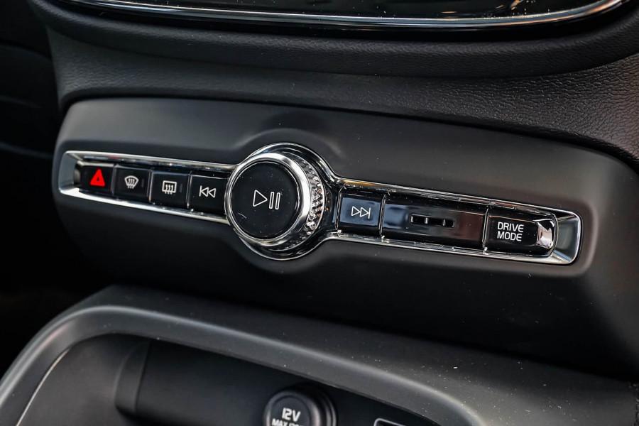 2020 MY21 Volvo XC40 XZ T4 Inscription Suv Image 12