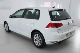 2017 Volkswagen Golf 7 92TSI Hatchback Image 4