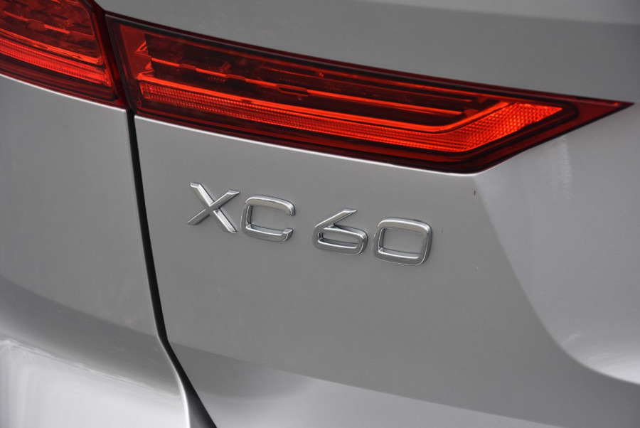 2020 Volvo XC60 UZ D4 Inscription Suv Image 20