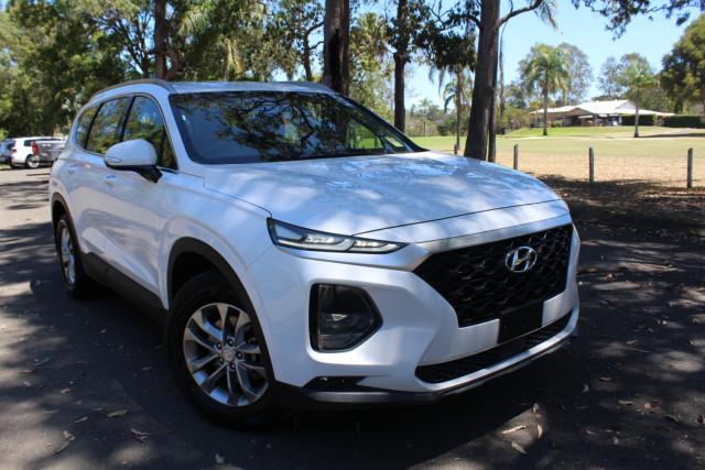 2018 Hyundai Santa Fe DM5 Series II Active Suv Image 2
