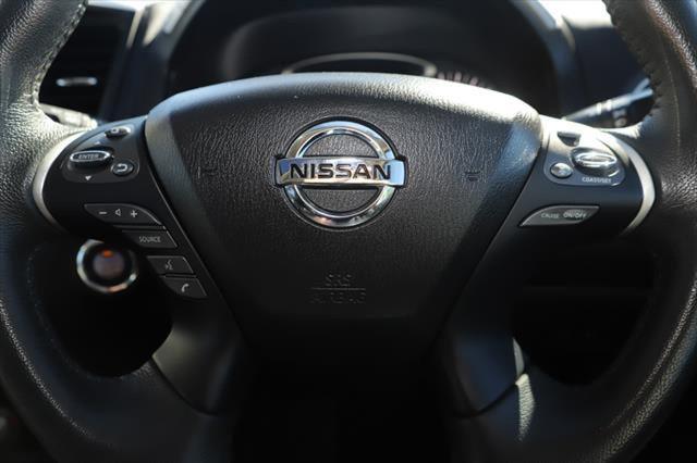 2017 Nissan Pathfinder R52 Series II MY17 ST-L Suv Image 17
