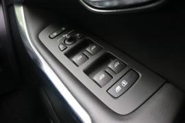 2017 Volvo V40 M Series T3 Momentum Hatchback