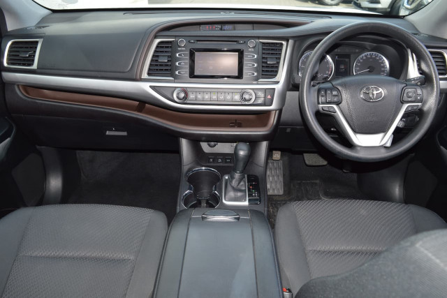 2018 Toyota Kluger GX 18 of 26