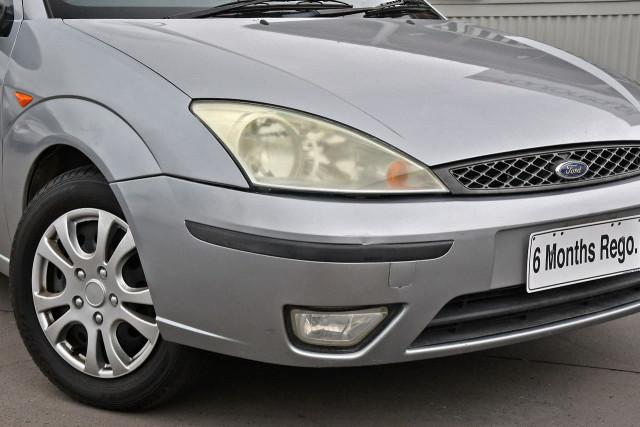2003 Ford Focus LR MY03 CL Hatchback Image 2